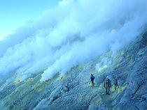ウエリラン山、 アルジュナ山 登山