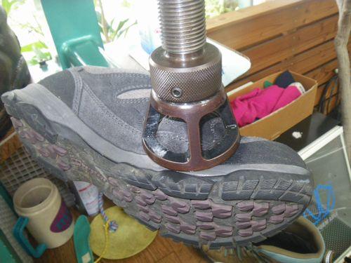 登山靴 修理幅拡げ