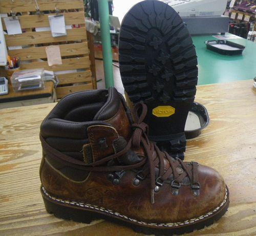 登山靴 修理 ビブラム底張替え 幅拡げ