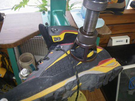 登山靴 サイズ調整修理