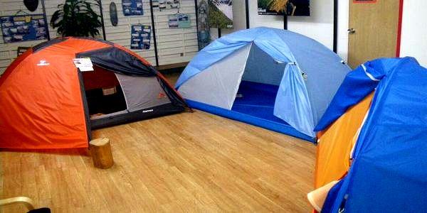 テントは日本製!実際に展示しています